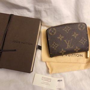 🧡Authentic Louis Vuitton zip coin wallet💛